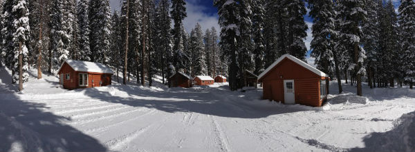 winter cabins panorama